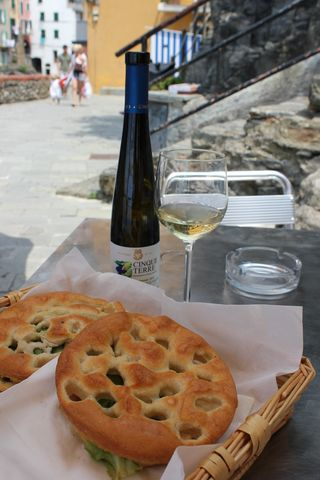 ItalyCinqueTerre23-Riomaggiore