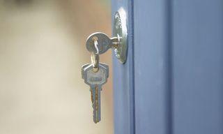 A-key-in-a-door-lock-007