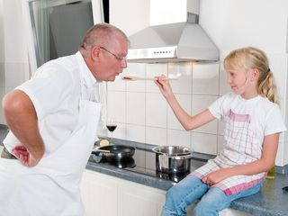 Cooking-lessons-for-dad